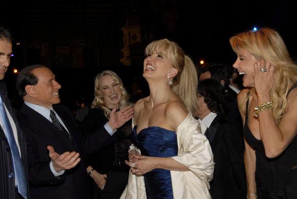 La reprimenda pública de Verónica Lario a Berlusconi