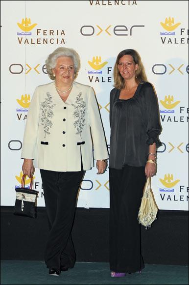 La infanta Elena y Carlota Casiraghi coinciden en el homenaje del mundo de la Hípica a la infanta Pilar