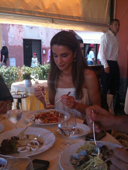 Rania de jordania de vacaciones en la toscana italiana - Vacaciones en la toscana ...