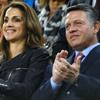 Los Reyes de Jordania y sus hijos, espectadores de lujo en el Camp Nou