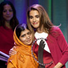 Rania de Jordania vuelve a hacer sonreír a Malala