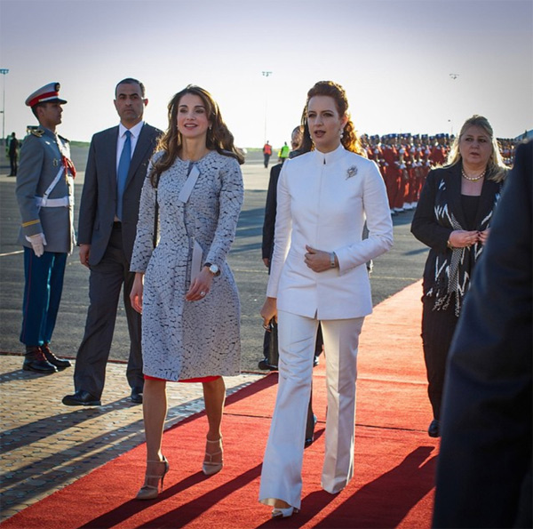 Rania de Jordania y Salma de Marruecos, elegancia con dos 'orientes' diferentes