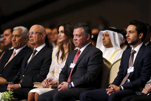 Rania de Jordania aprovecha al máximo las vacaciones de su hijo Hussein
