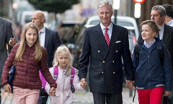 Los hijos de los Reyes belgas ya han empezado el cole, ¿cuándo les tocará a Leonor y Sofía?
