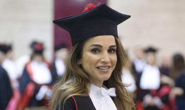 La labor humanitaria de Rania de Jordania suma y sigue