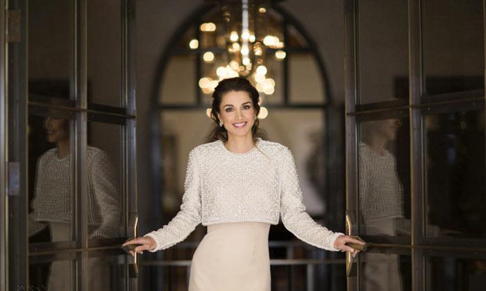 Rania de Jordania cambia la cara de su web