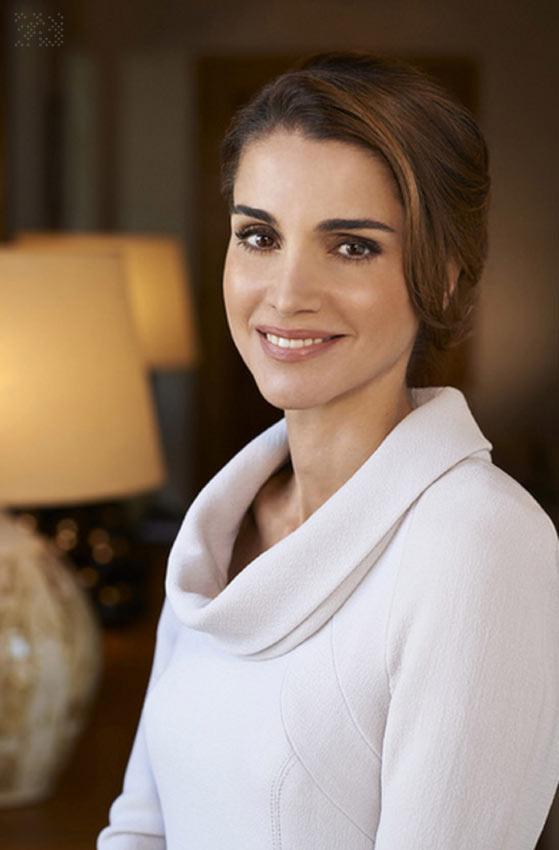 Rania de Jordania cambia la cara de su web - Foto