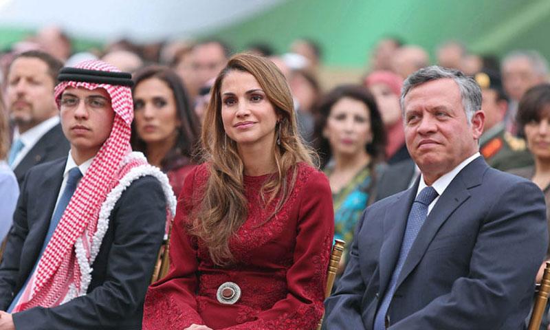 Abdalá y Rania de Jordania viven un 'día especial' en la graduación de su hijo mayor, el príncipe Hussein