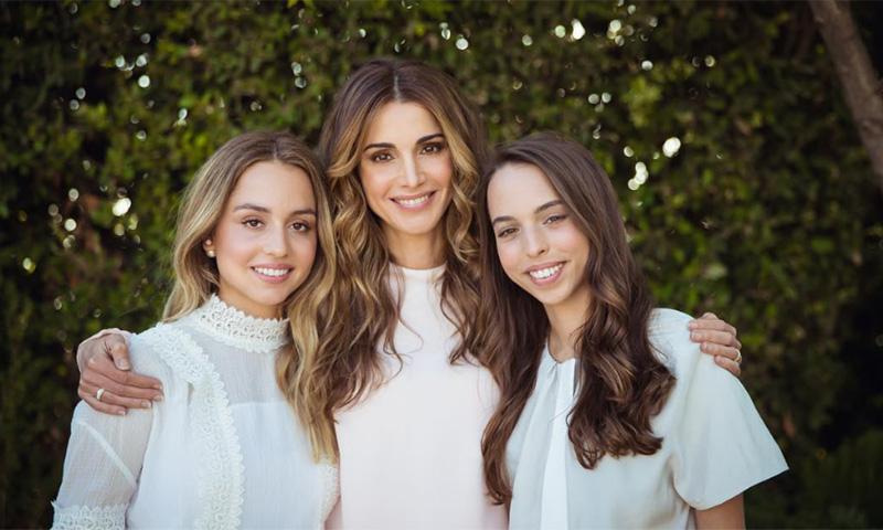 Imán y Salma, herederas indiscutibles de la belleza y el estilo de su madre, Rania de Jordania