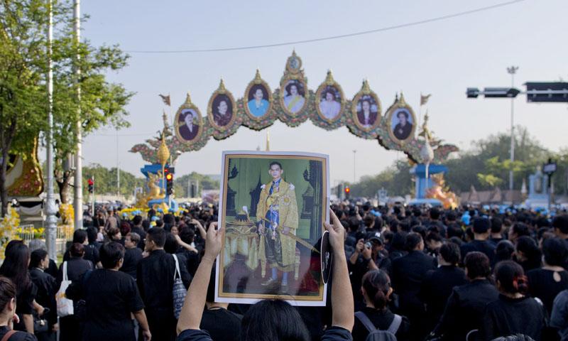 Comienzan los fastuosos actos de despedida del rey Rey Bhumibol de Tailandia