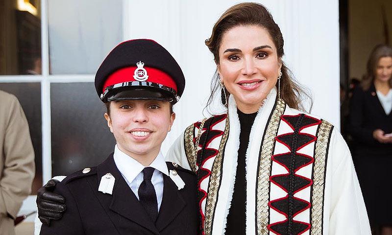 Princesa ¡y militar!: el orgullo de Rania de Jordania al ver graduarse a su hija Salma
