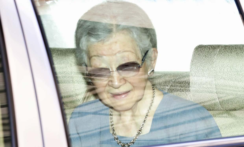 La emperatriz Michiko ingresa en el hospital para ser operada de un cáncer de mama