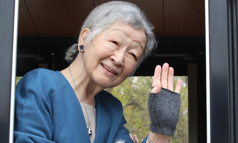 La emperatriz Michiko de Japón, operada con éxito de cáncer de mama