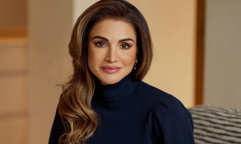 Exclusiva en HELLO!, Rania de Jordania, al cumplir 50 años: 'Mientras los que amo estén sanos no puedo pedir más'
