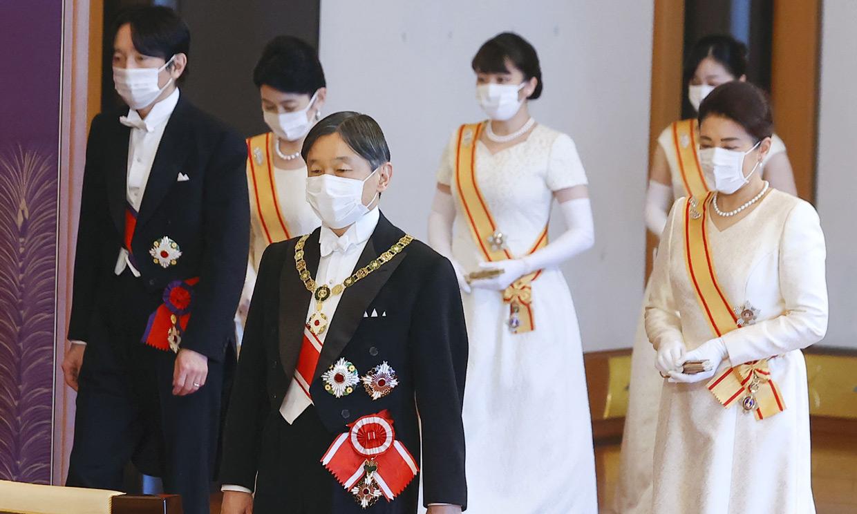 Sin joyas y repitiendo vestido, así recibe el año la Familia Imperial japonesa ante un contexto único