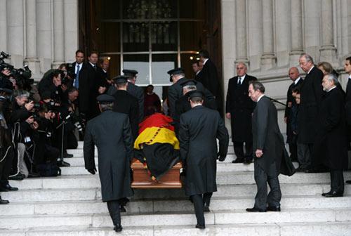 La Familia Real de los belgas se despide del príncipe Alejandro