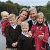 Nuevo posado oficial de los príncipes Felipe y Matilde de los belgas con sus cuatro hijos