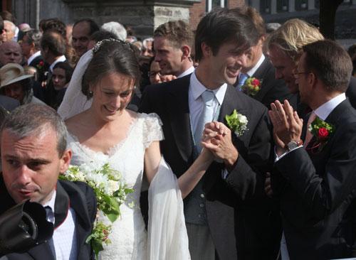 Matilde de Bélgica asiste a la boda de su hermana, la condesa Helene d´Udekem d´Acoz con el barón Nicolas Janssen