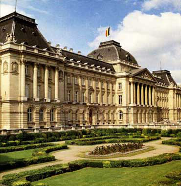 Paola de Bélgica moderniza el palacio real de Bruselas