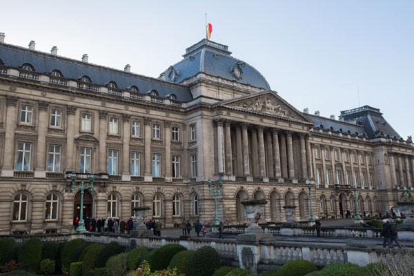 El centro de Bruselas se blinda para acoger el funeral de Estado de Fabiola de Bélgica