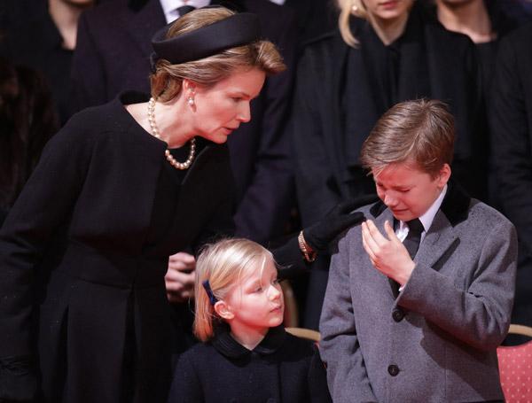 funeral1-cordon4-