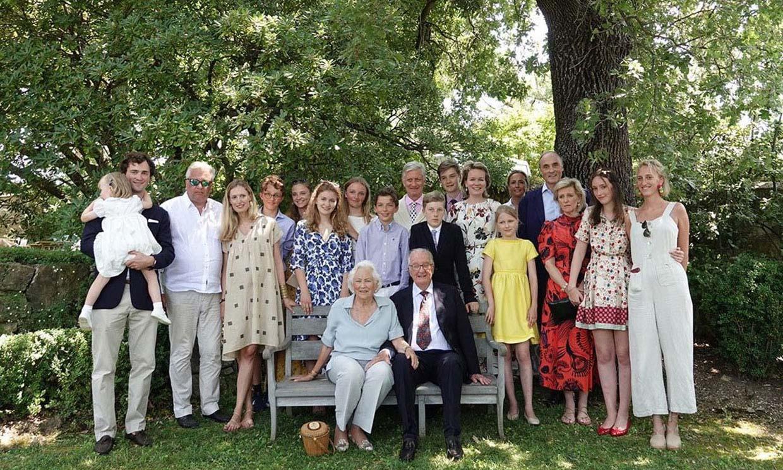 Alberto y Paola de Bélgica celebran sus bodas de diamante arropados por su familia