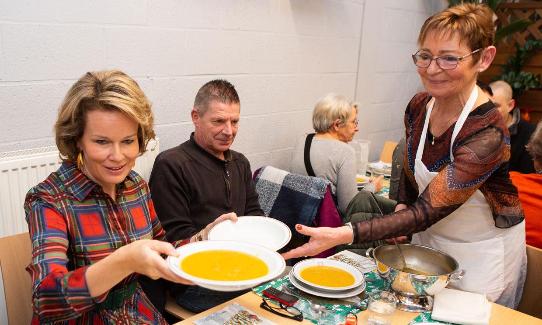 Felipe y Matilde de Bélgica cambian Palacio por un comedor social