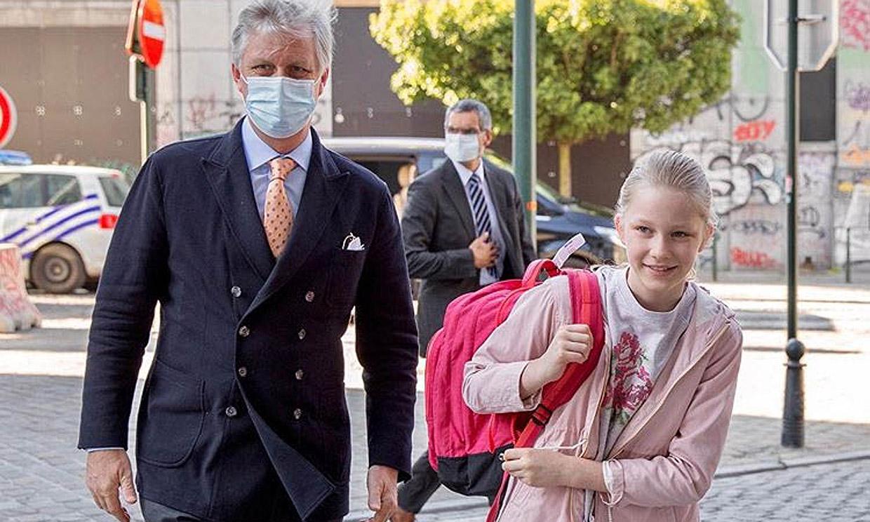 Eleonore de Bélgica, una de las 'miniroyals' más comprometidas durante la crisis, vuelve al cole