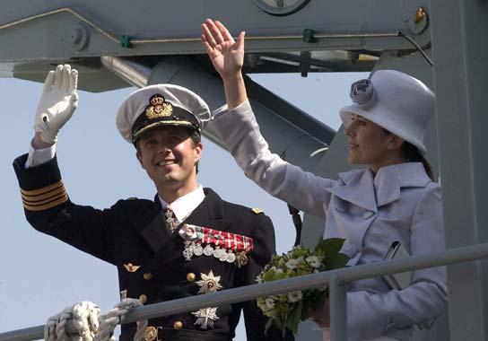 La Princesa Mary opina sobre la monarquía, los ideales y la moda. Capítulo IX