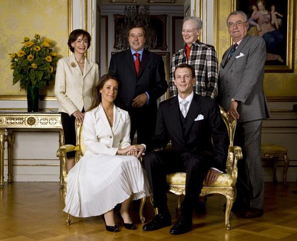'Hoy es un día feliz', dijo el príncipe Joaquín, después de anunciar su compromiso con Marie Cavallier