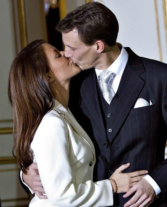 El príncipe Joaquín y Marie Cavallier ya tienen logotipo nupcial