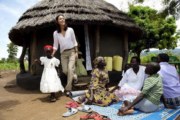 La princesa Mary acude a la triste llamada de África
