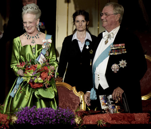 El Teatro Real de Copenhague se viste de gala para celebrar el 70º aniversario de la reina Margarita