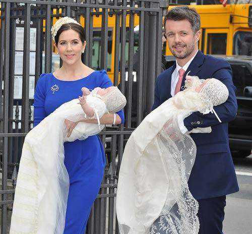 Bautizo Real de los mellizos de los príncipes Federico y Mary de Dinamarca