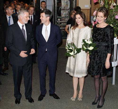 Federico y Mary de Dinamarca, junto a Felipe y Matilde de Bélgica, disfrutan de una noche a ritmo de jazz