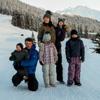 ¡Todos a la nieve! Las fotografías más entrañables de los príncipes Federico y Mary con sus hijos en Suiza