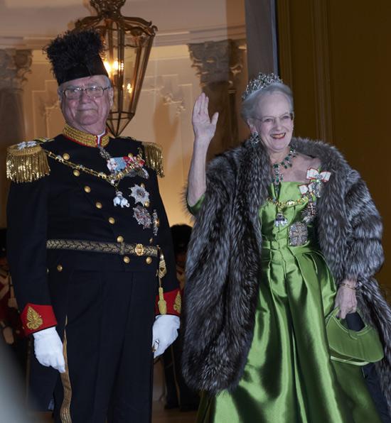 La Familia Real danesa al completo se viste de gala para celebrar el Año Nuevo