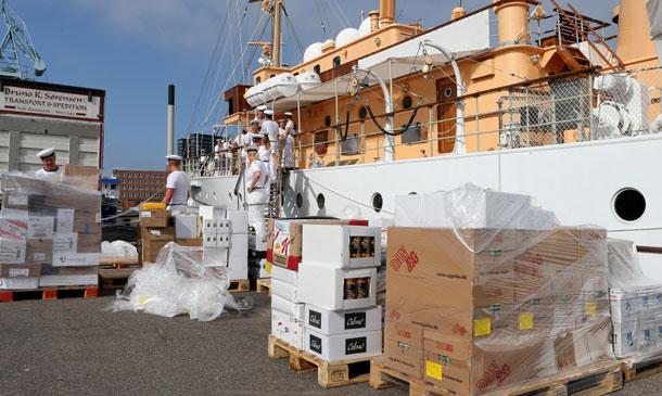 ¿Qué llevará el barco real danés en su viaje a Groenlandia?