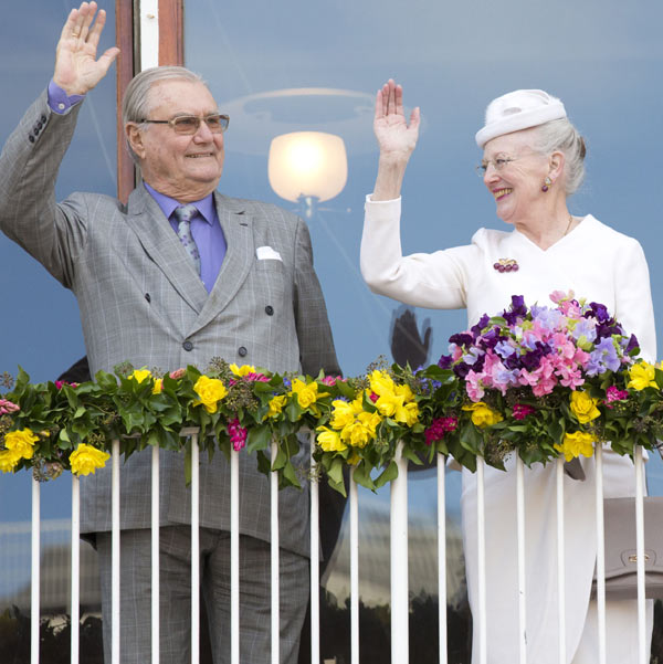 Henrik de Dinamarca, destacada ausencia en la celebración del 75º cumpleaños de su mujer, la reina Margarita