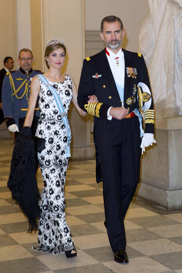 Margarita y Enrique de Dinamarca - Página 37 Reyes1--z