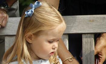 Josephine de Dinamarca, hija de los príncipes Federico y Mary, se ha roto un brazo