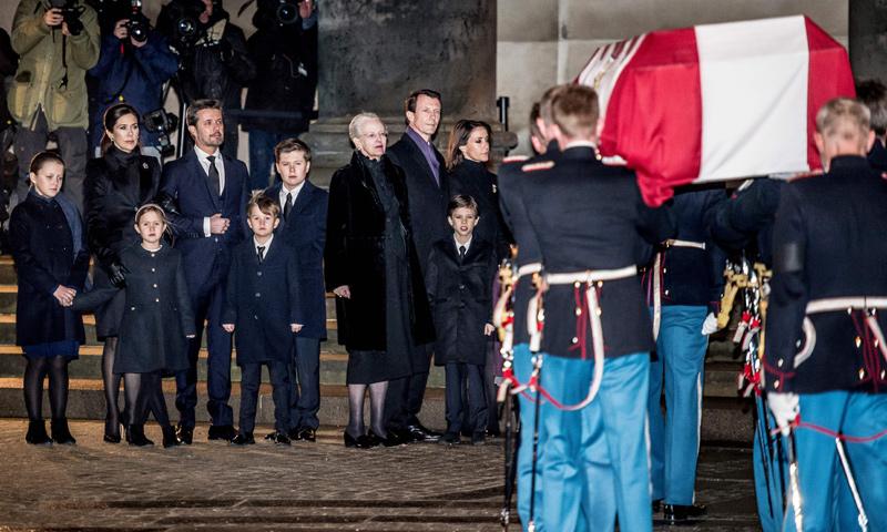 Continúa la despedida del príncipe Henrik: la Familia Real recorre los lugares que marcaron su vida