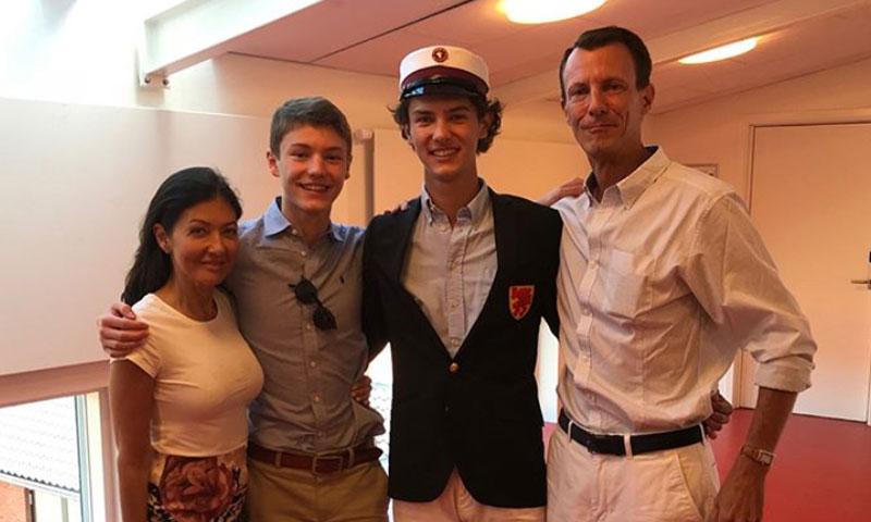 Nicolás de Dinamarca: príncipe, modelo, buen estudiante y, ahora, nuevo 'soldado' de la reina Margarita