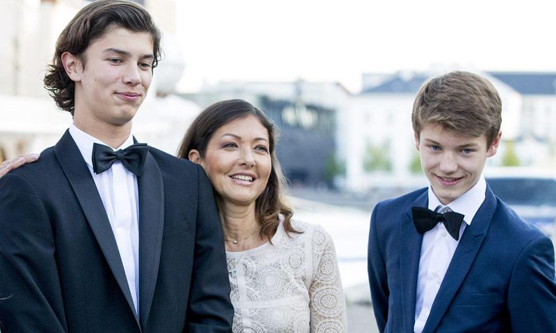 La condesa Alejandra opina sobre la novia de su hijo