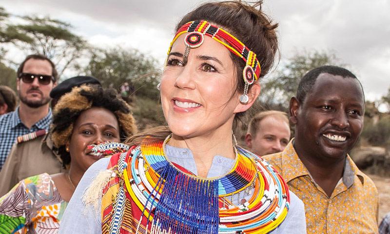 Mary de Dinamarca se proclama la 'reina de África' durante una visita de trabajo 'secreta'