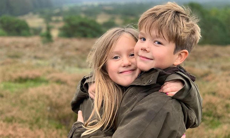 Dos de los hijos de Federico y Mary de Dinamarca, los primeros en volver a clase