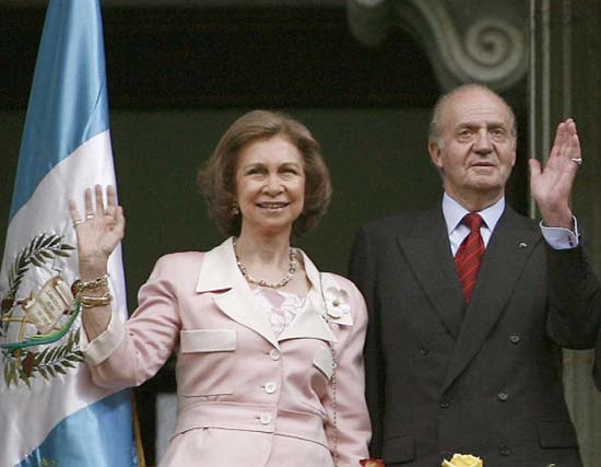 30 años después, los Reyes de España vuelven sobre sus pasos para continuar luchando por un mundo más solidario y menos pobre