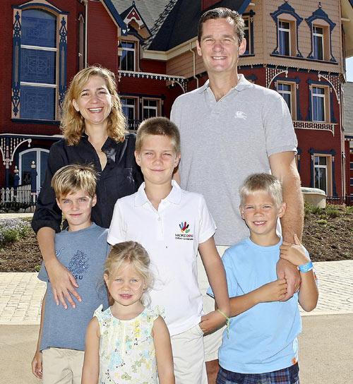 Los Duques de Palma y sus hijos visitan PortAventura