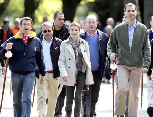 Los Príncipes de Asturias, peregrinos por un día