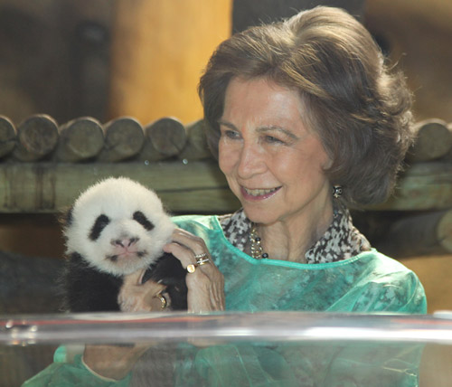 young queen sofia. Queen Sofia and tender picture